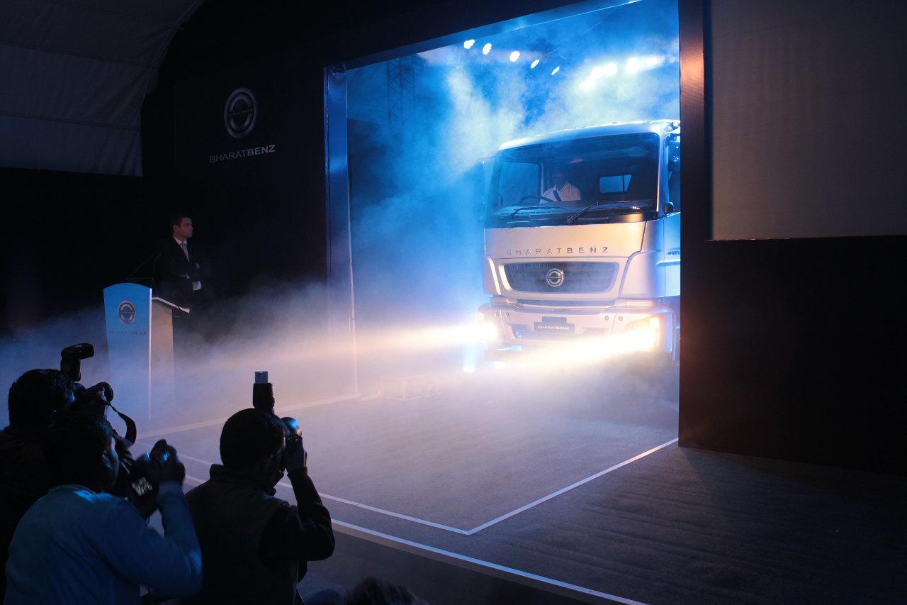 Az első BharatBenz tehergépkocsi hivatalos bemutatója 2012-ben Új-Delhiben