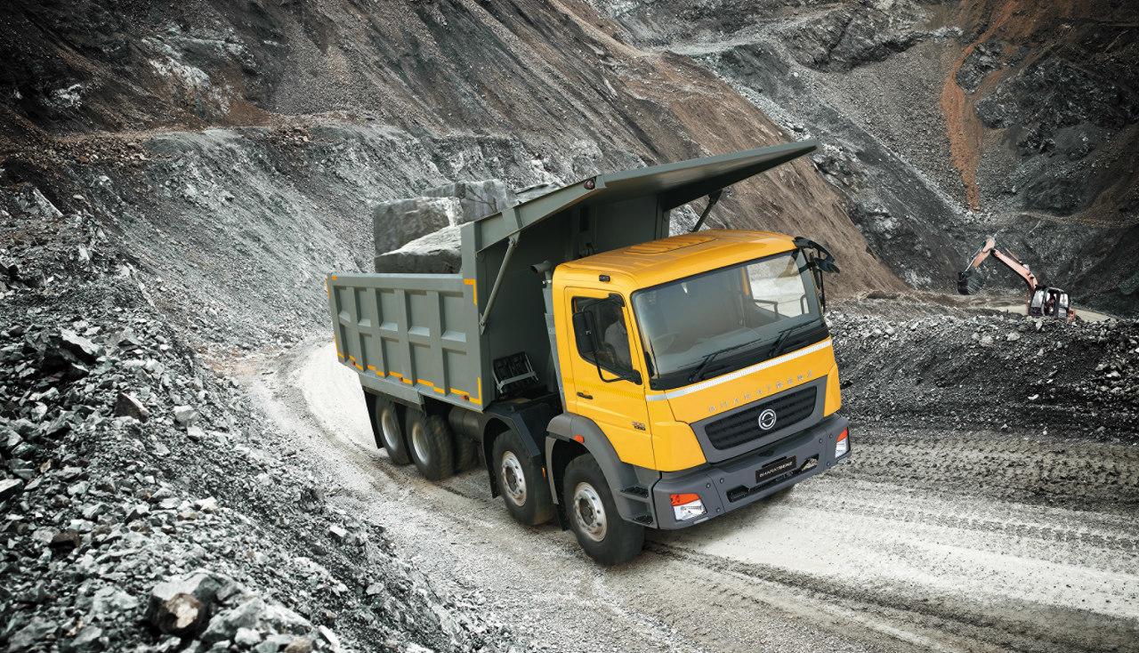 Építőipari tehergépkocsik is szerepelnek a BharatBenz márka termékválasztékában