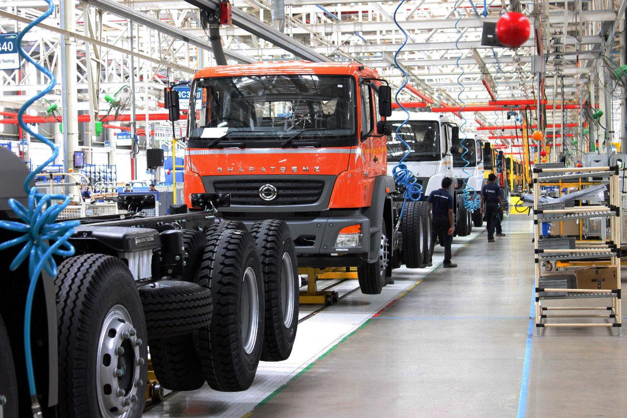 A gyártóüzem pontosan úgy néz ki, mint bármely másik Daimler összeszerelő üzem