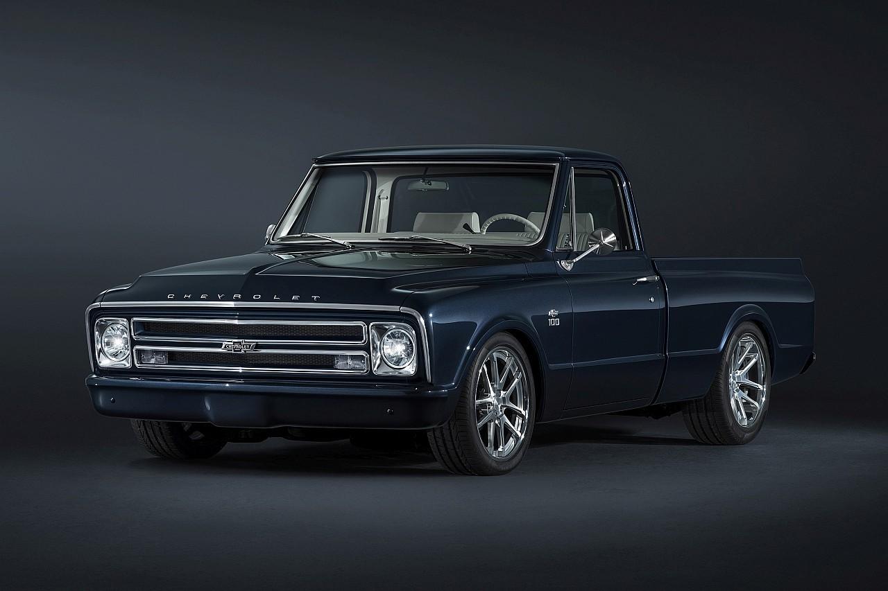 Kívül és belül egyaránt LED-es világítótesteket kapott a modernizálva felújított Chevrolet C/10 pickup