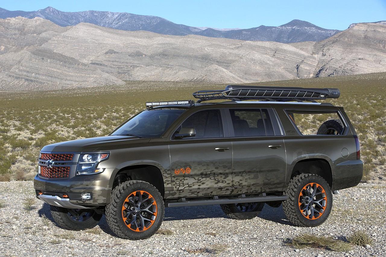 Jellegzetes, 22 colos keréktárcsákat kapott a Chevrolet Suburban tanulmányautója
