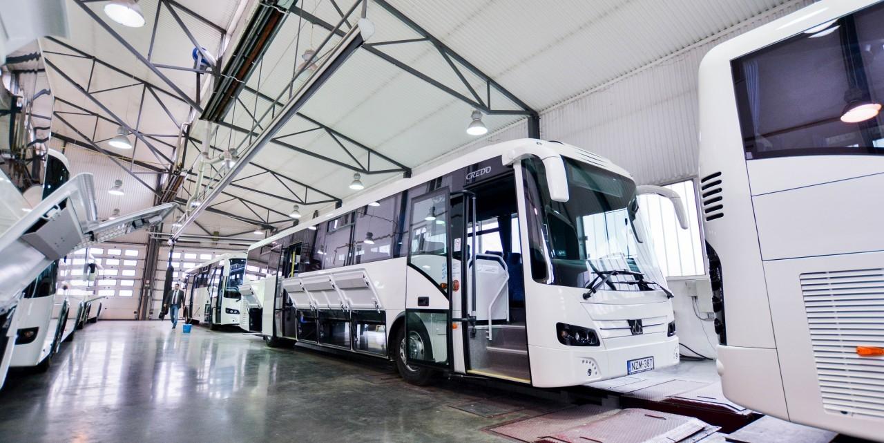 Még több hazai busz