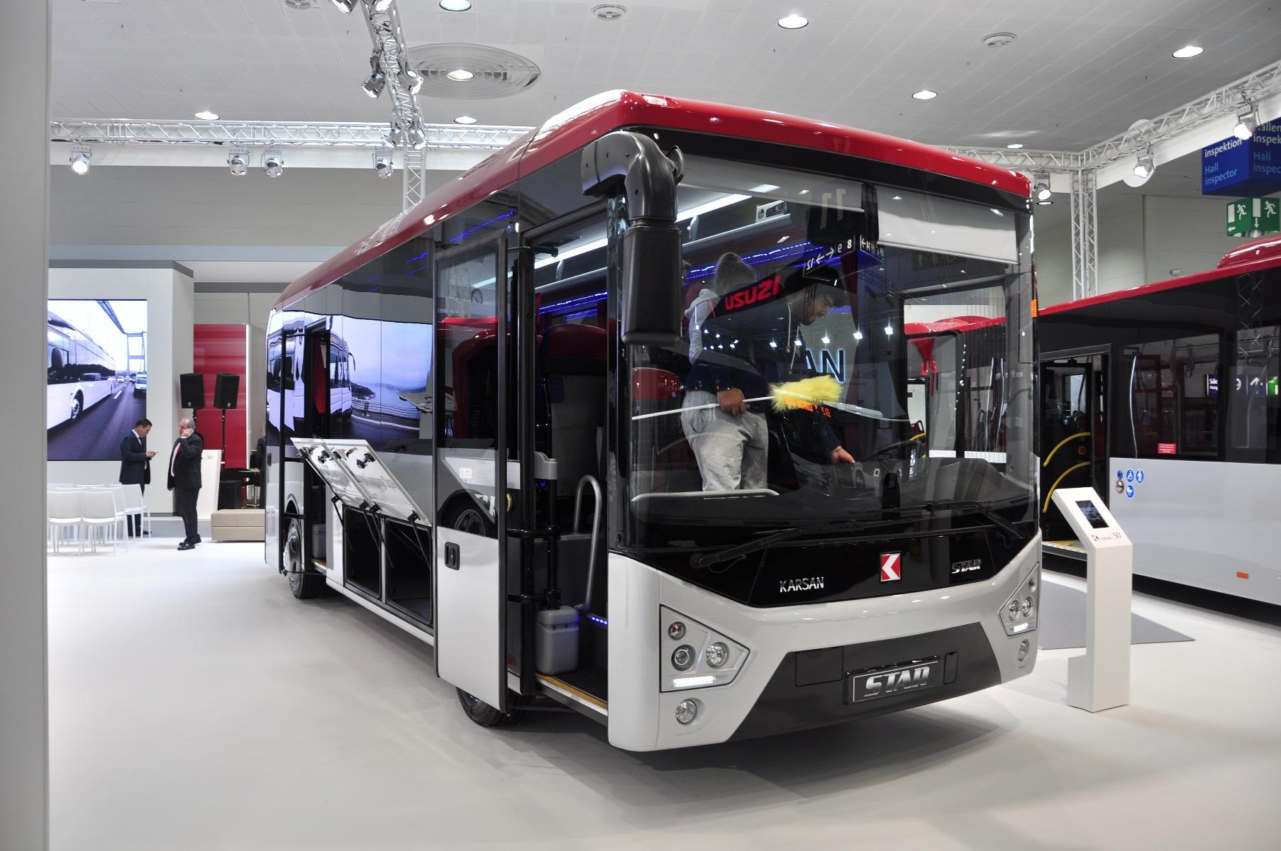 A nyolc méter hosszú Karsan Star városközi busz 31 főt, illetve 4,3 köbméternyi poggyászt is szállíthat