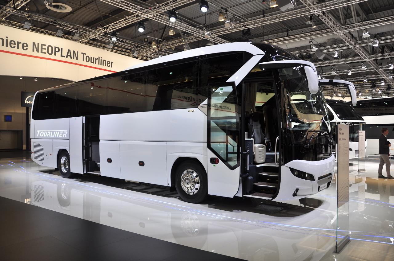Az IAA-n tartotta a világpremierjét az új generációs NEOPLAN Tourliner.