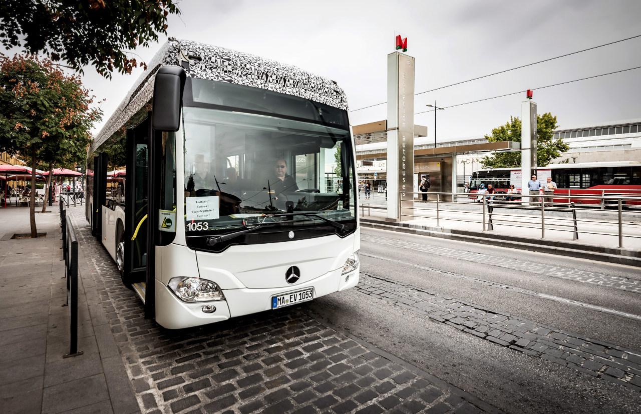 Az autóbuszok sikeresen teljesítették az első teszteket Spanyolországban és az északi sarkkör környékén is