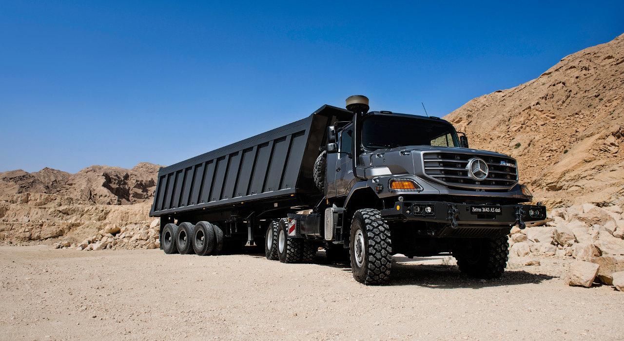 A csőrös Zetros immár a soros, hathengeres, 12 literes OM 457 LA motor 428 lóerős változatával is rendelhető