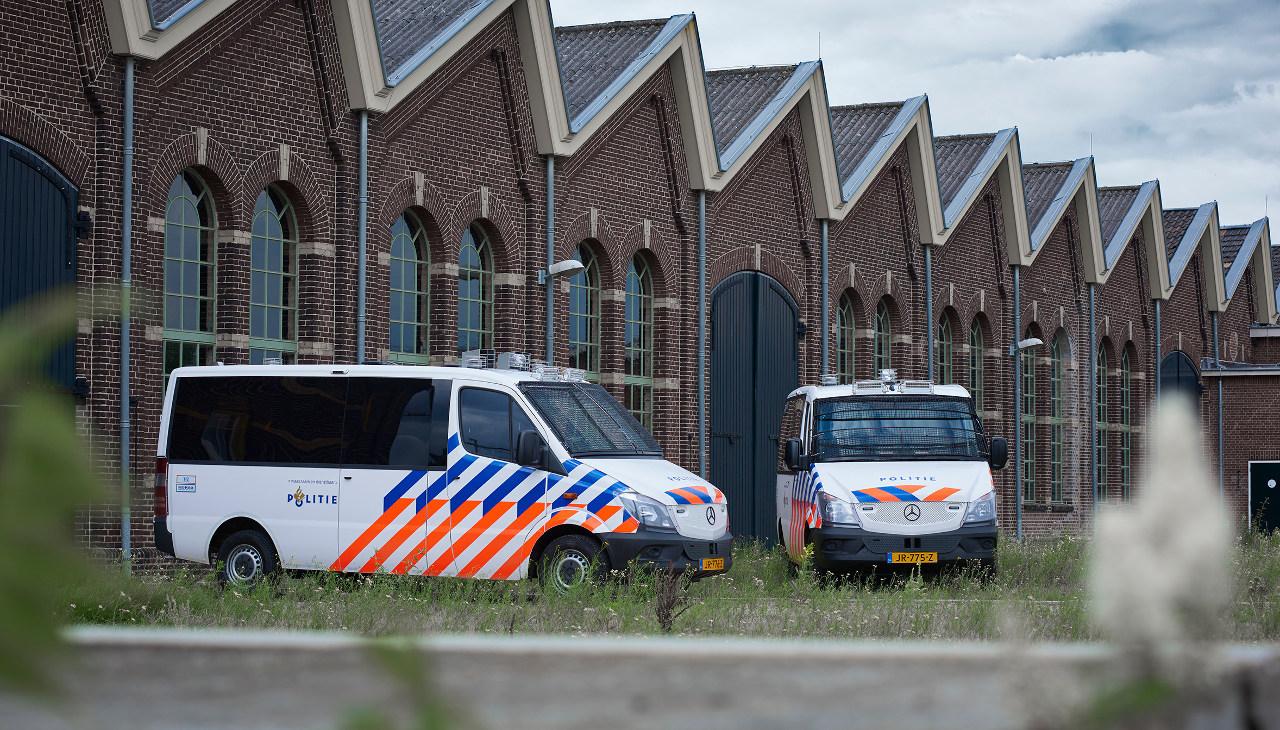 A Mercedes-Benz Sprinter sokoldalúságát mutatja, hogy Hollandiában a rendőrség kötelékében is megtalálható