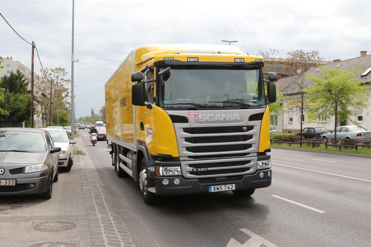 Városi forgalomban használhatók ki leginkább a hibrid hajtásrendszer előnyei, de kereszteződésekkel, körforgalmakkal tarkított országutakon, illetve nagyobb lejtőkön és emelkedőkön is érezteti hatását a tüzelőanyag-fogyasztásban, valamint a belső zajszintben