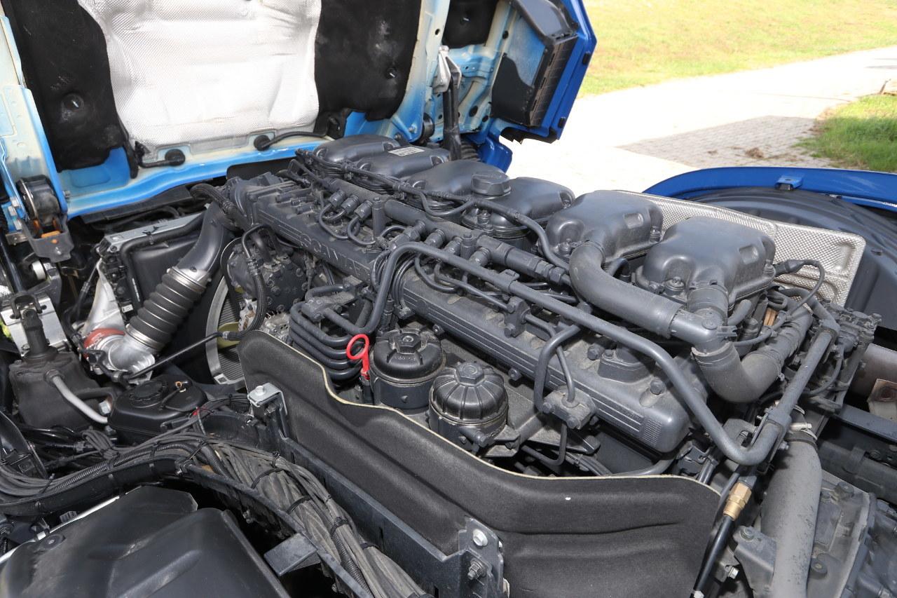 Ránézésre ugyanolyan, mint a 13 literes motor 450 és 500 lóerős változata