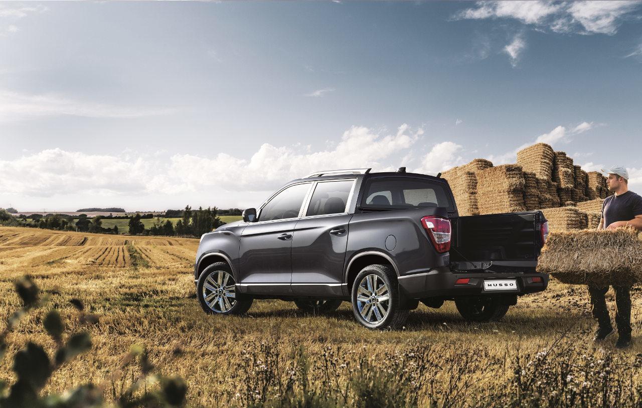Óvatosan mezőgazdasági, illetve áruszállítási feladatokra is alkalmas az új pickup, de a terhelhetőségre oda kell figyelni!