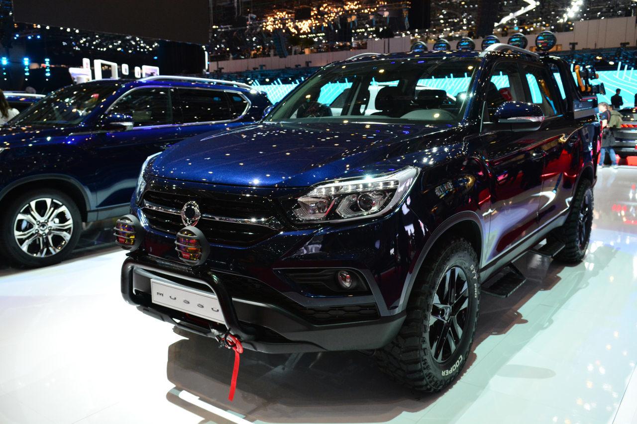 A Genfi Nemzetközi Autószalonon munkatársunk is lencsevégre kapta az új Mussót
